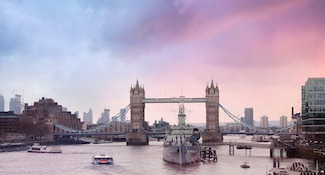 self-guided tour of london